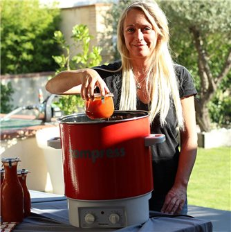 Tomato sauce recipe by Vanessa
