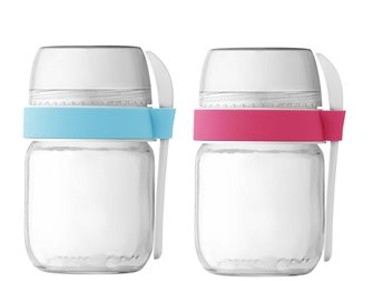 2 compartmentalized takeaway pots for pink yoghurt and blue sky